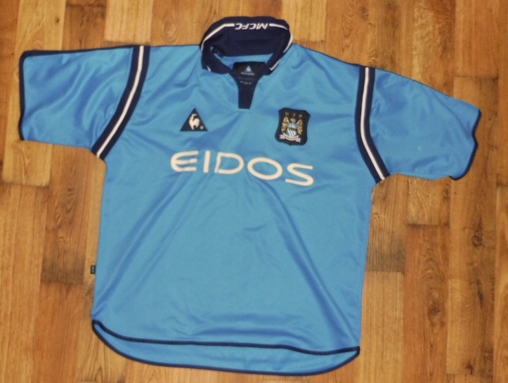 Manchester City - koszulka na sezon 2002