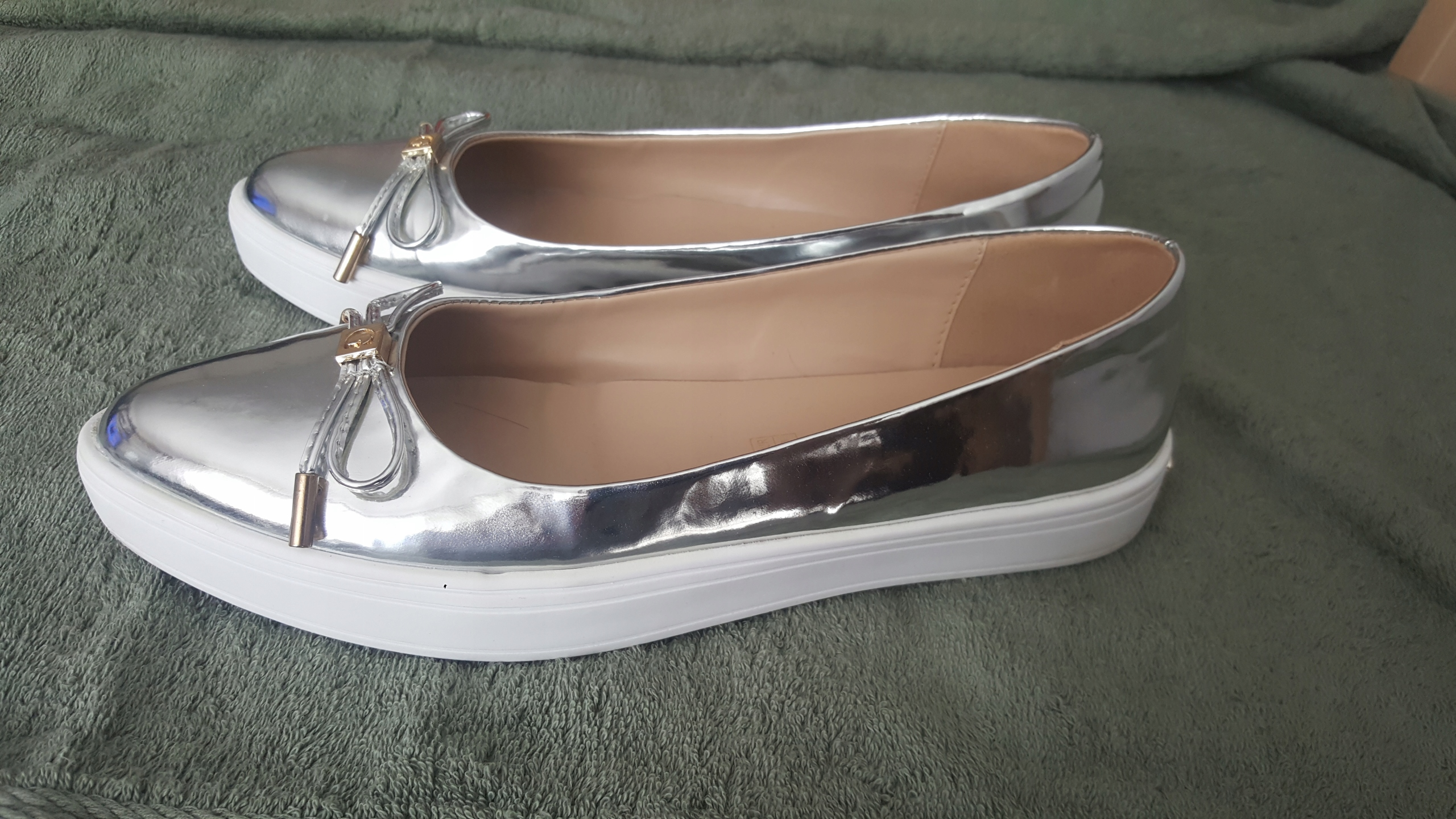 Buty Guess roz. 38