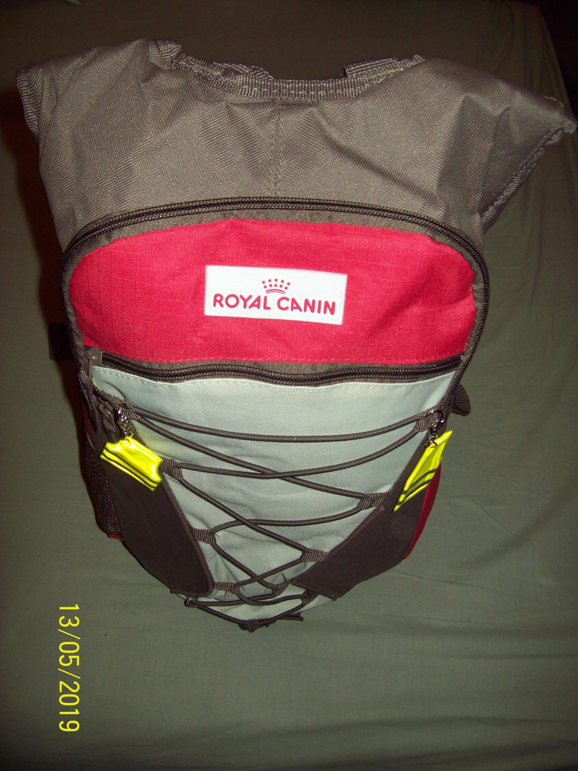 plecak 15-20 l Royal Canin do trekingu + gratisy