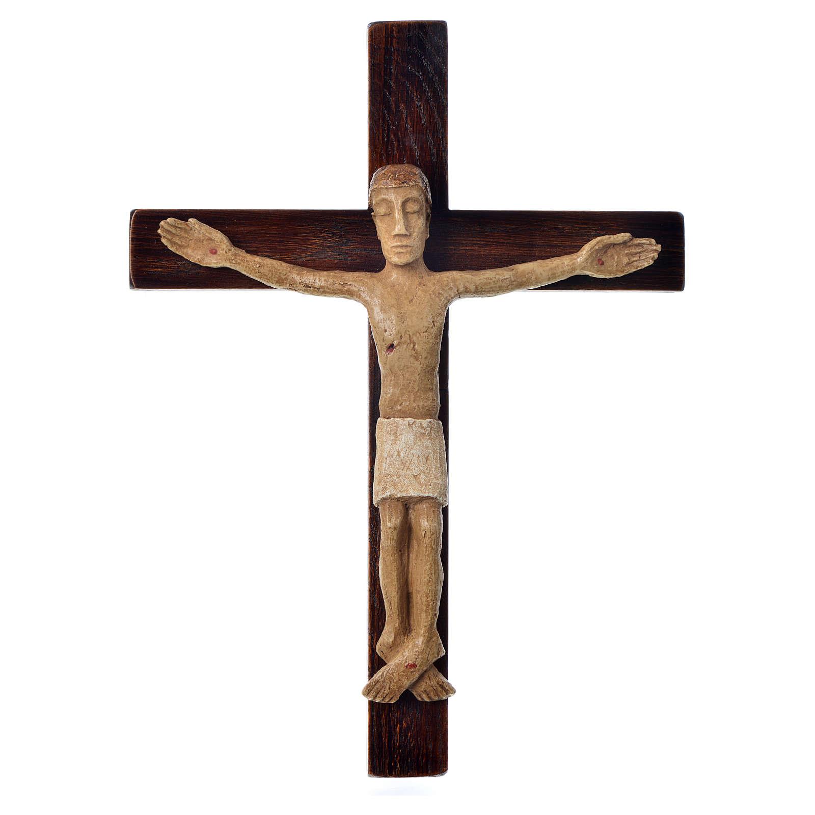 Krzyż z kamienia z wizerunkie