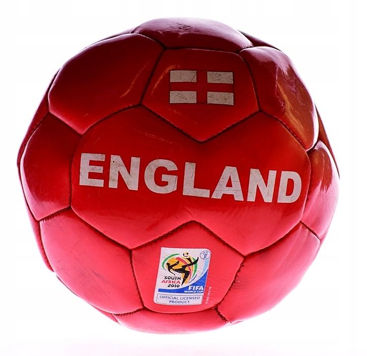 9102-40 ...FIFA ENGLAND... n#s GUMOWA PILKA NOZNA