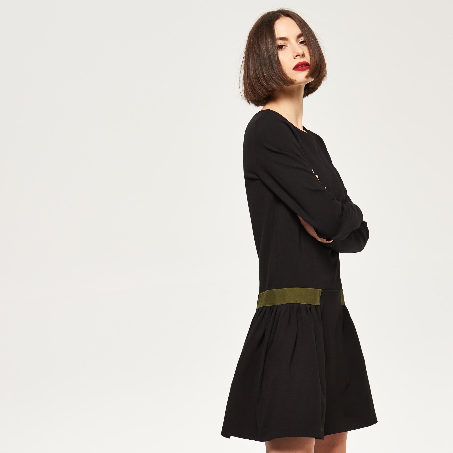 Sukienka Reserved rozm. M czarna