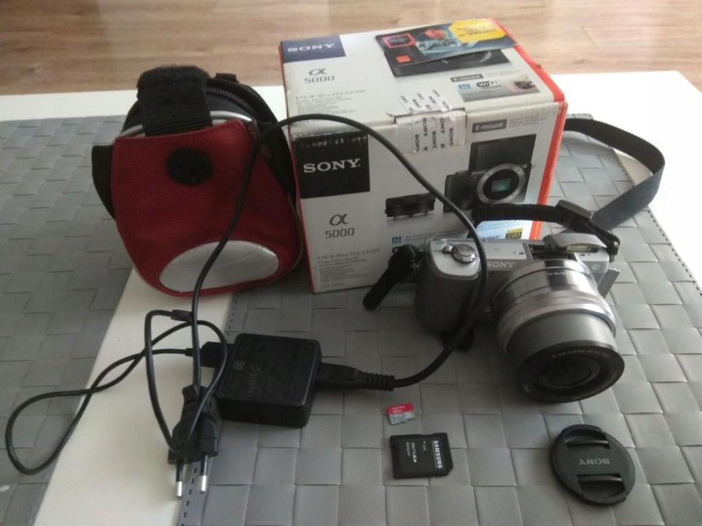 Sony Alpha 5000