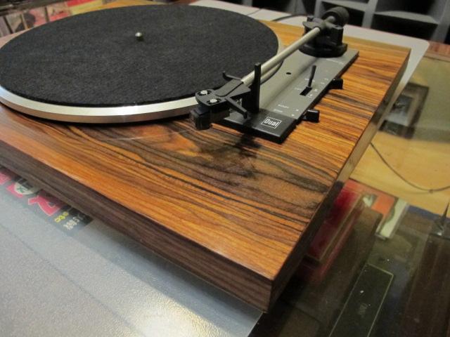 Gramofon Dual  -  Politura palisander
