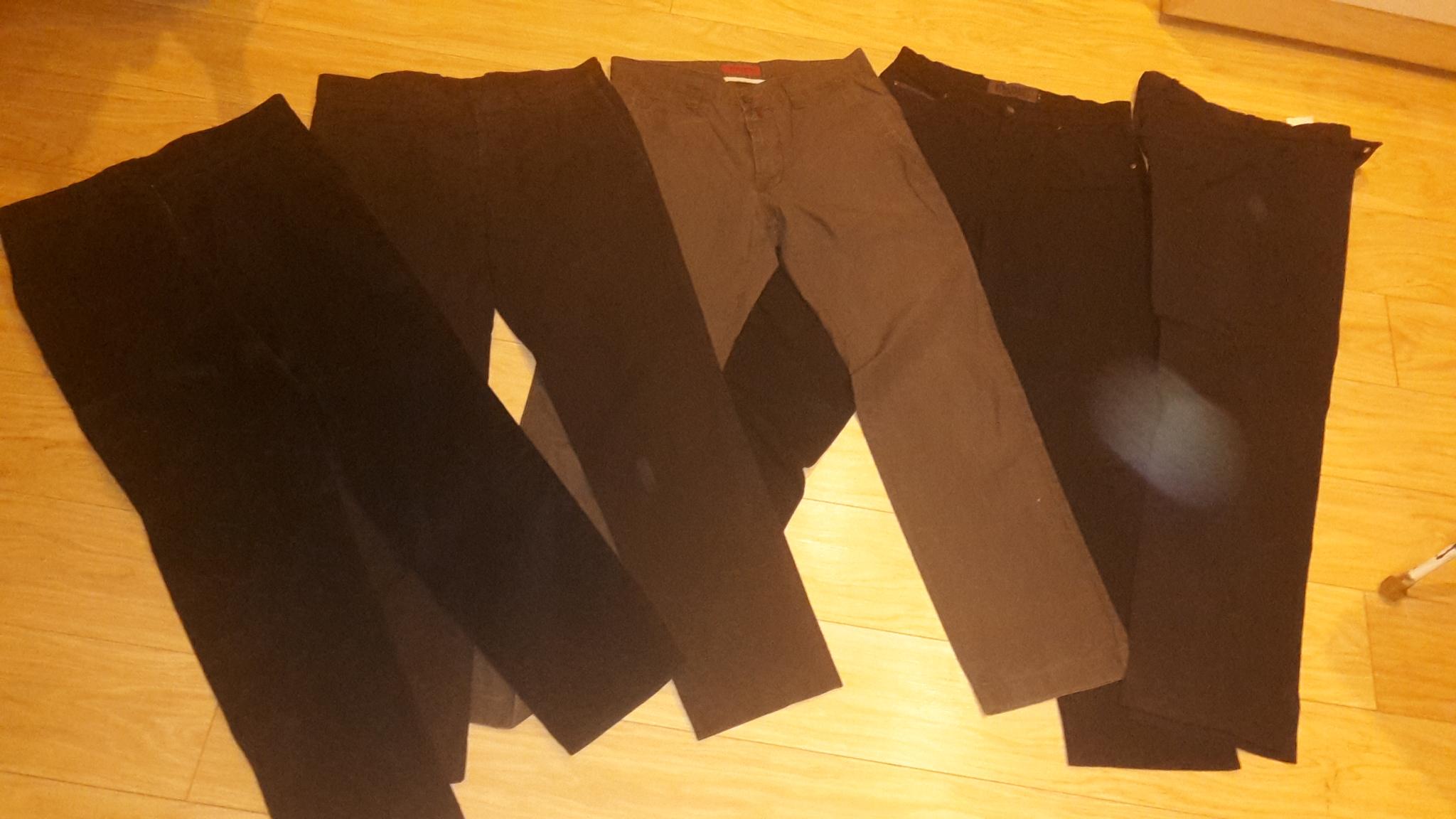 Zestaw firmowych spodni męskich