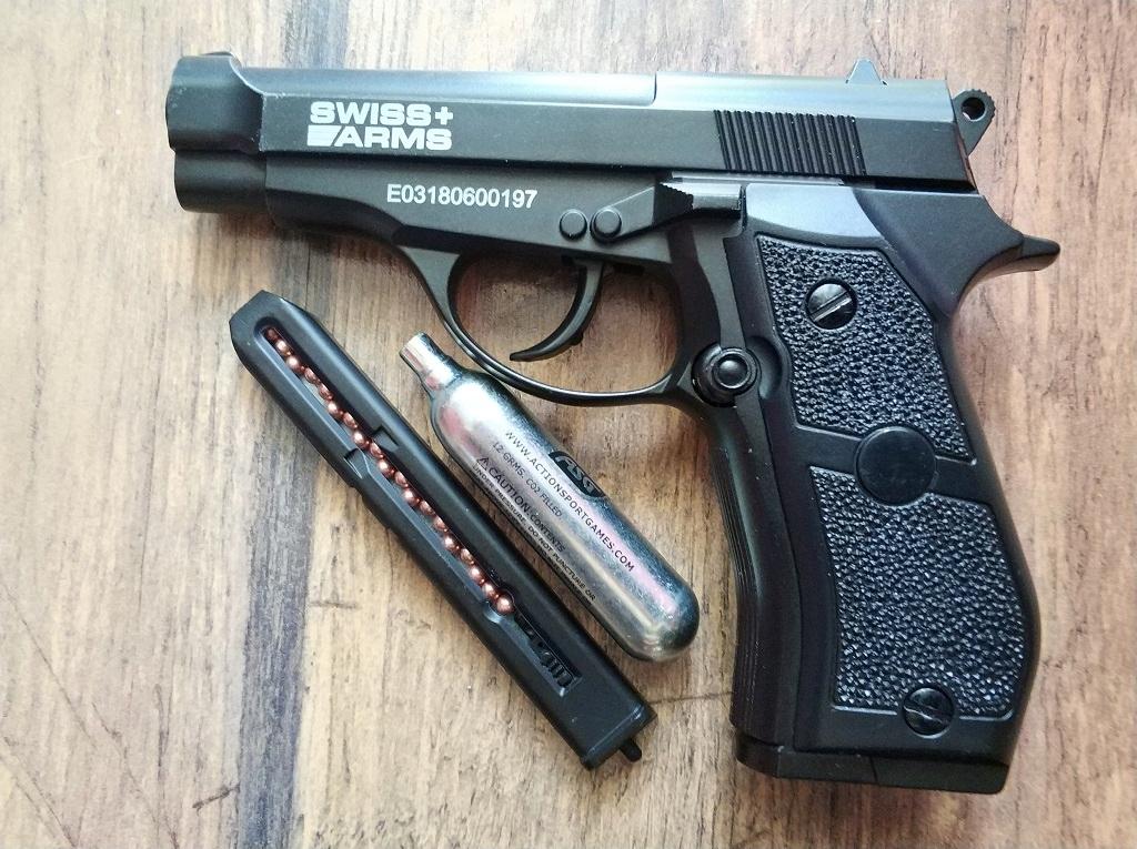 P84 Swiss Arms pistolet pneumatyczny wiatrówka BB