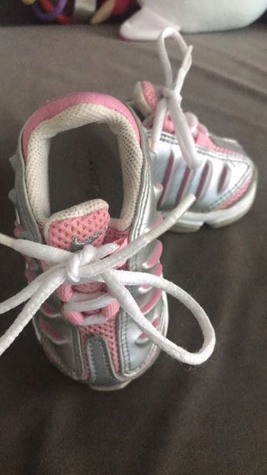 Buciki Nike dla dziewczynki
