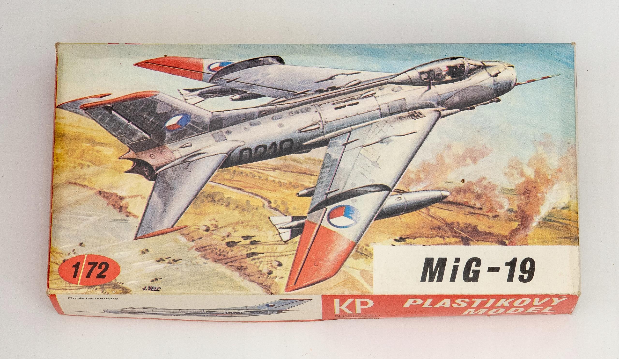 MIG - 19 model do sklejania KP Czechosłowacja