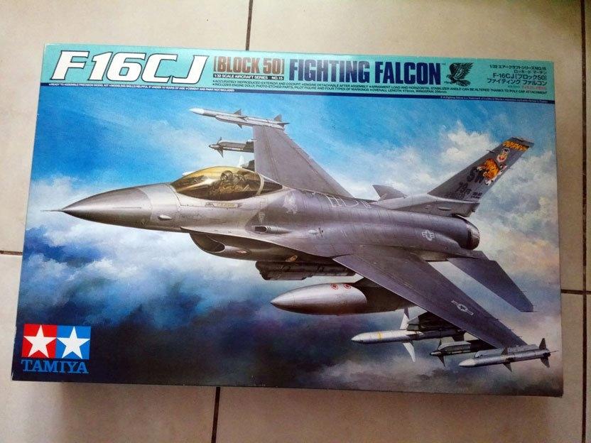 Tamiya 60315 - Lockheed Martin F-16CJ (1:32)