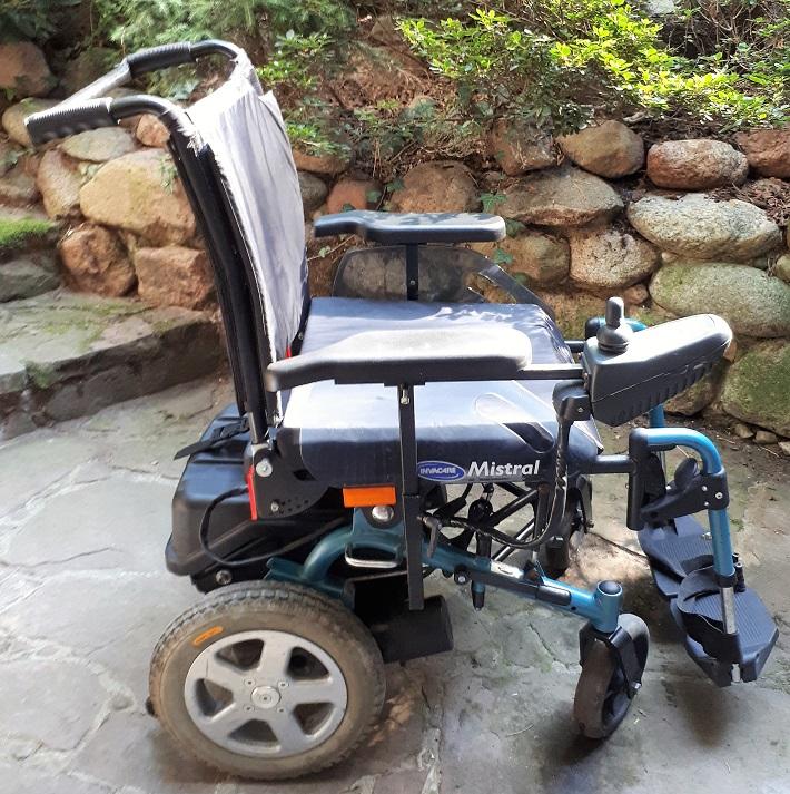 Tylko na zewnątrz Wózek inwalidzki elektr. Mistral, nowe akumulatory - 7536140935 JS03