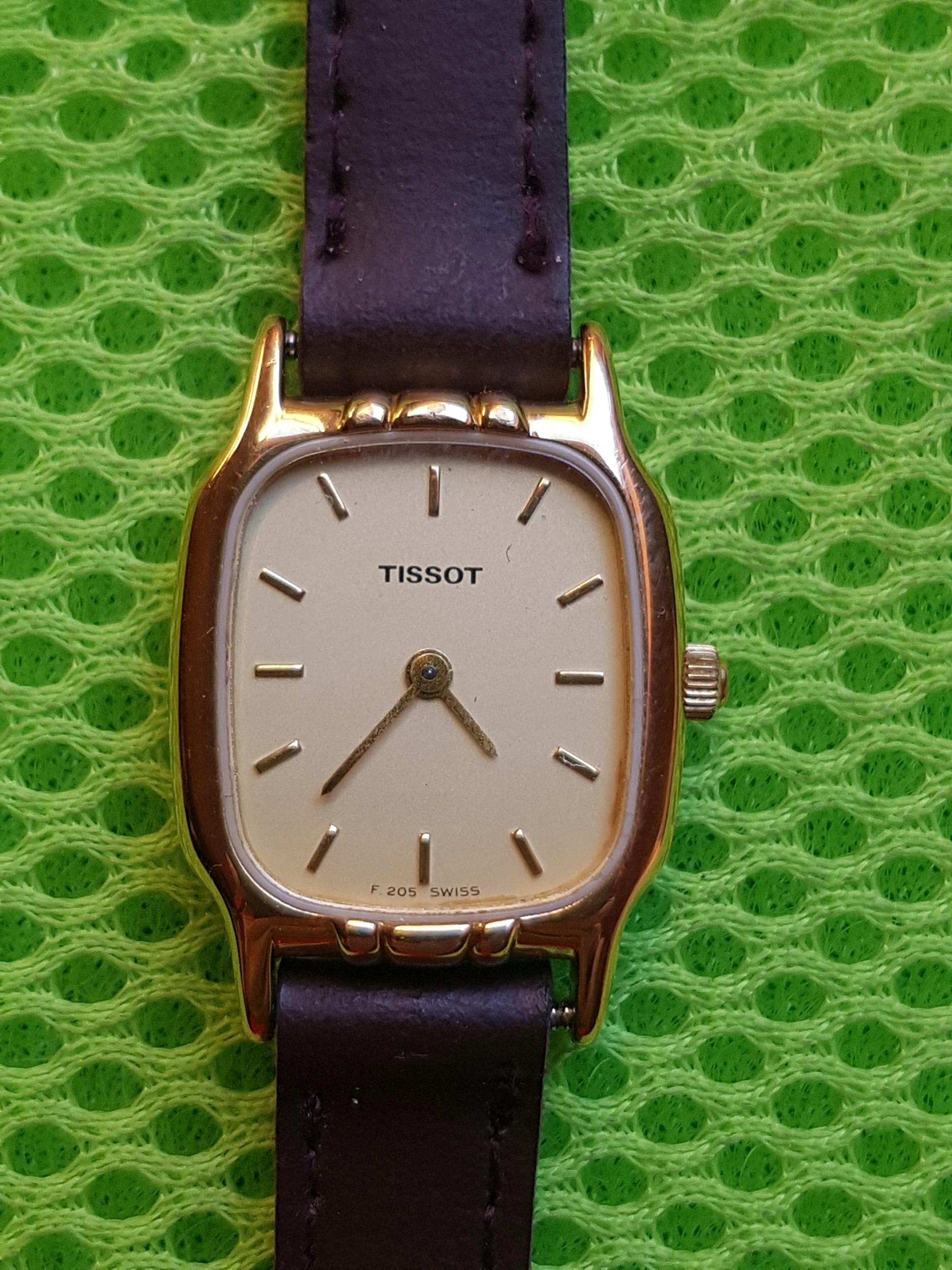 Szwajcarski damski zegarek Tissot F 205