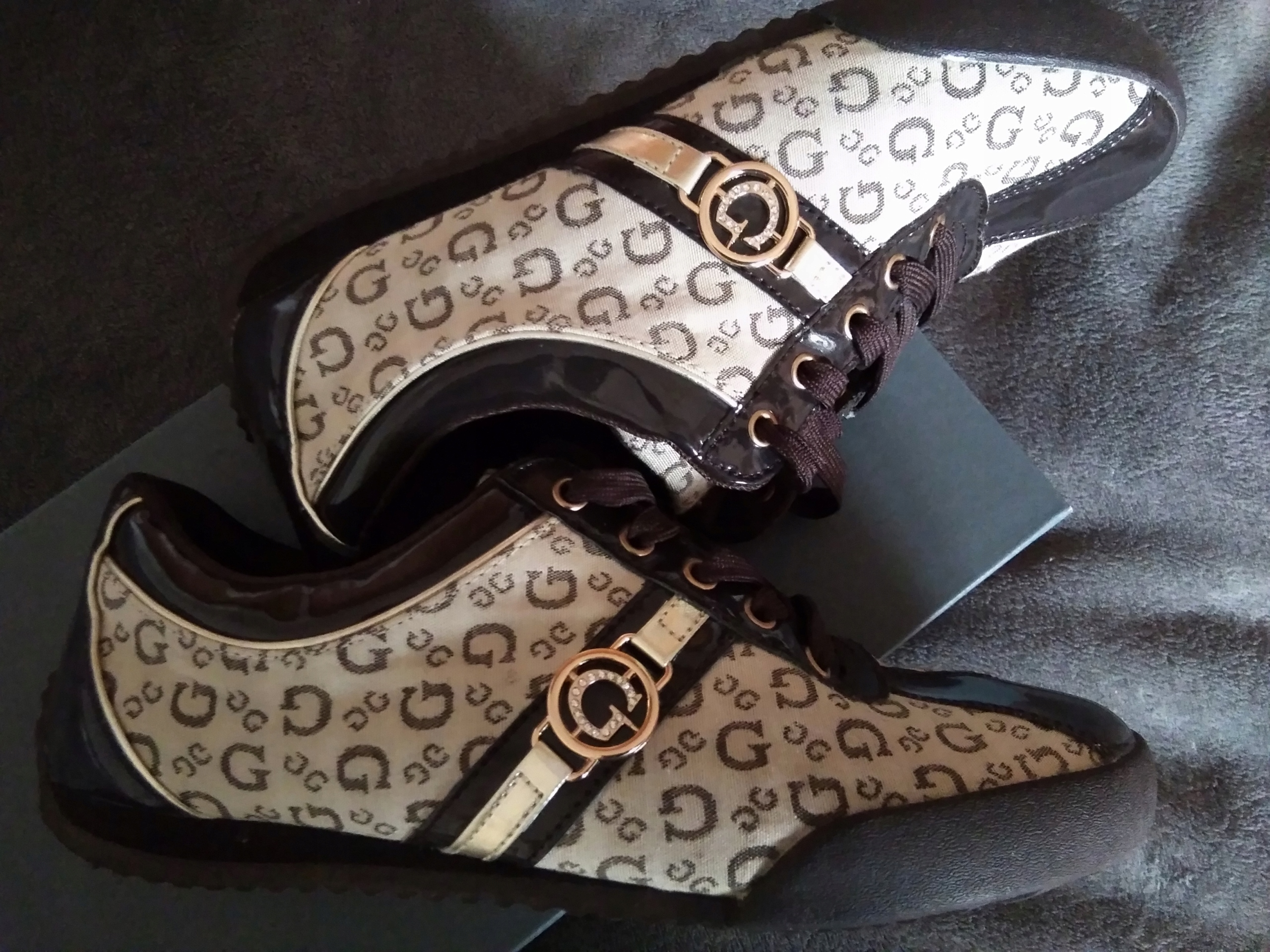 Guess buty sneakers 38/38,5