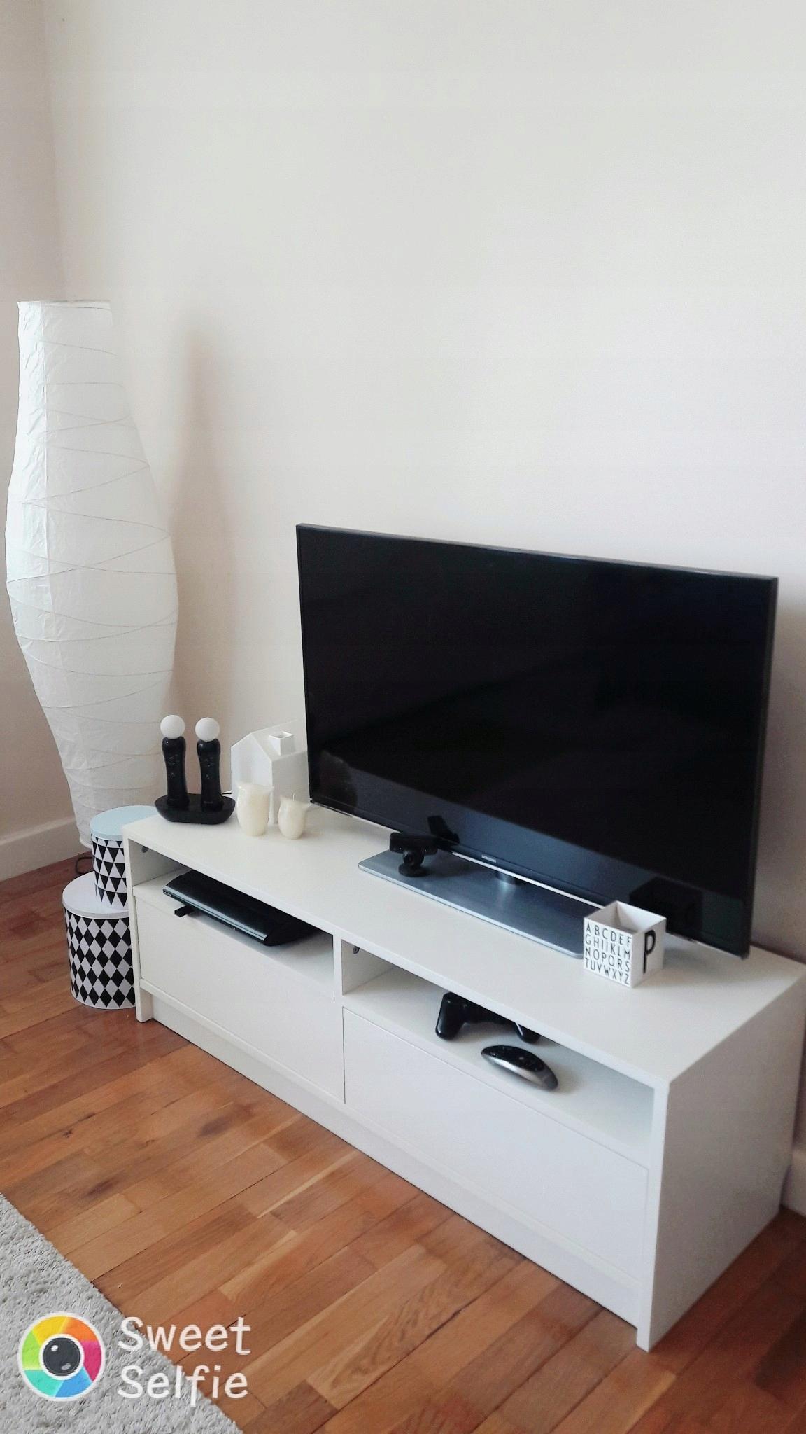 Ikea Szafka Pod Tv Biały Biała Stolik