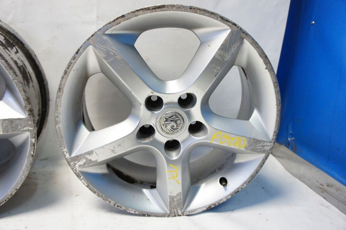 Opel Astra J Iv Felgi Aluminiowe 17 5x110 Et39 7249083290