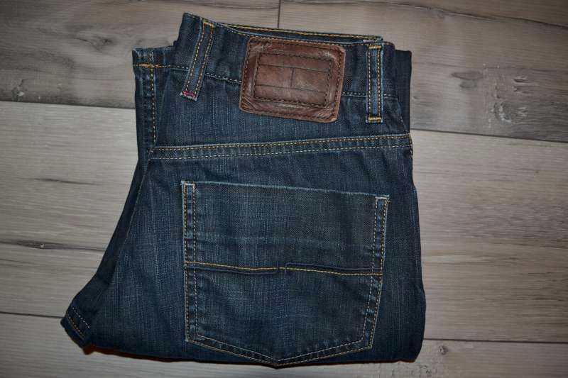 Tommy Hilfiger męskie spodnie jeansowe r. 31/34