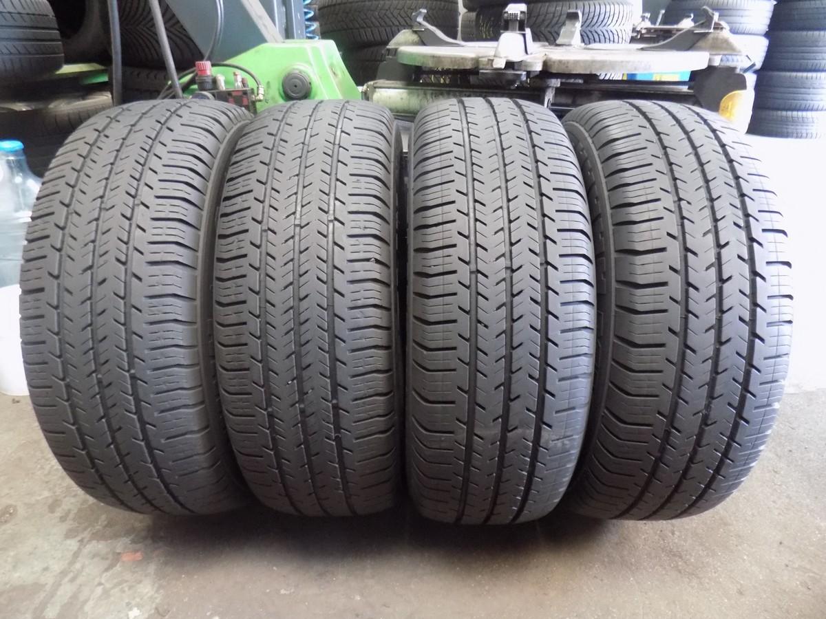 215 65 R 15 C Michelin