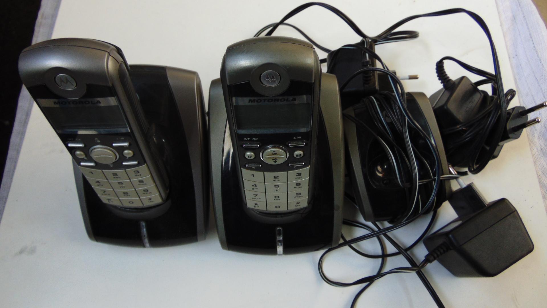 Telefon bezprzewodowy stacjonarny Motorola 2 szt