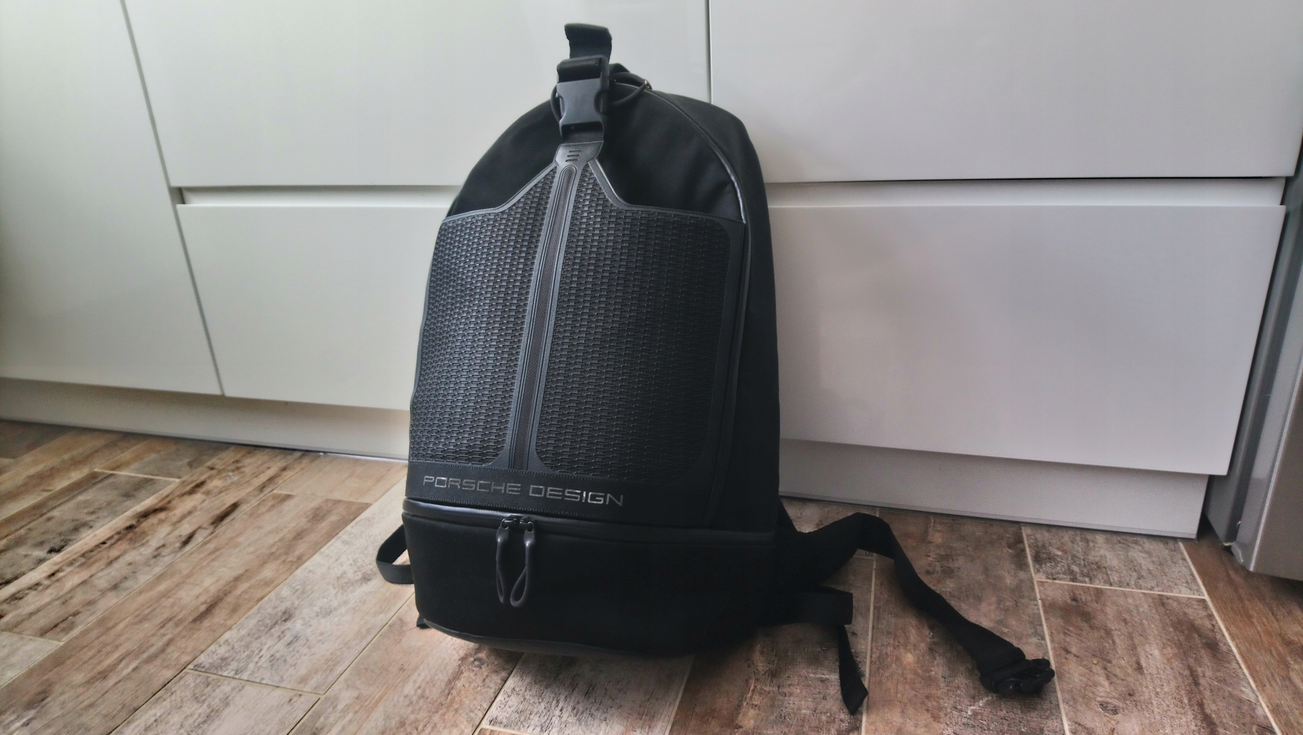 Oryginalny plecak PORSCHE DESIGN ADIDAS stan Ładny