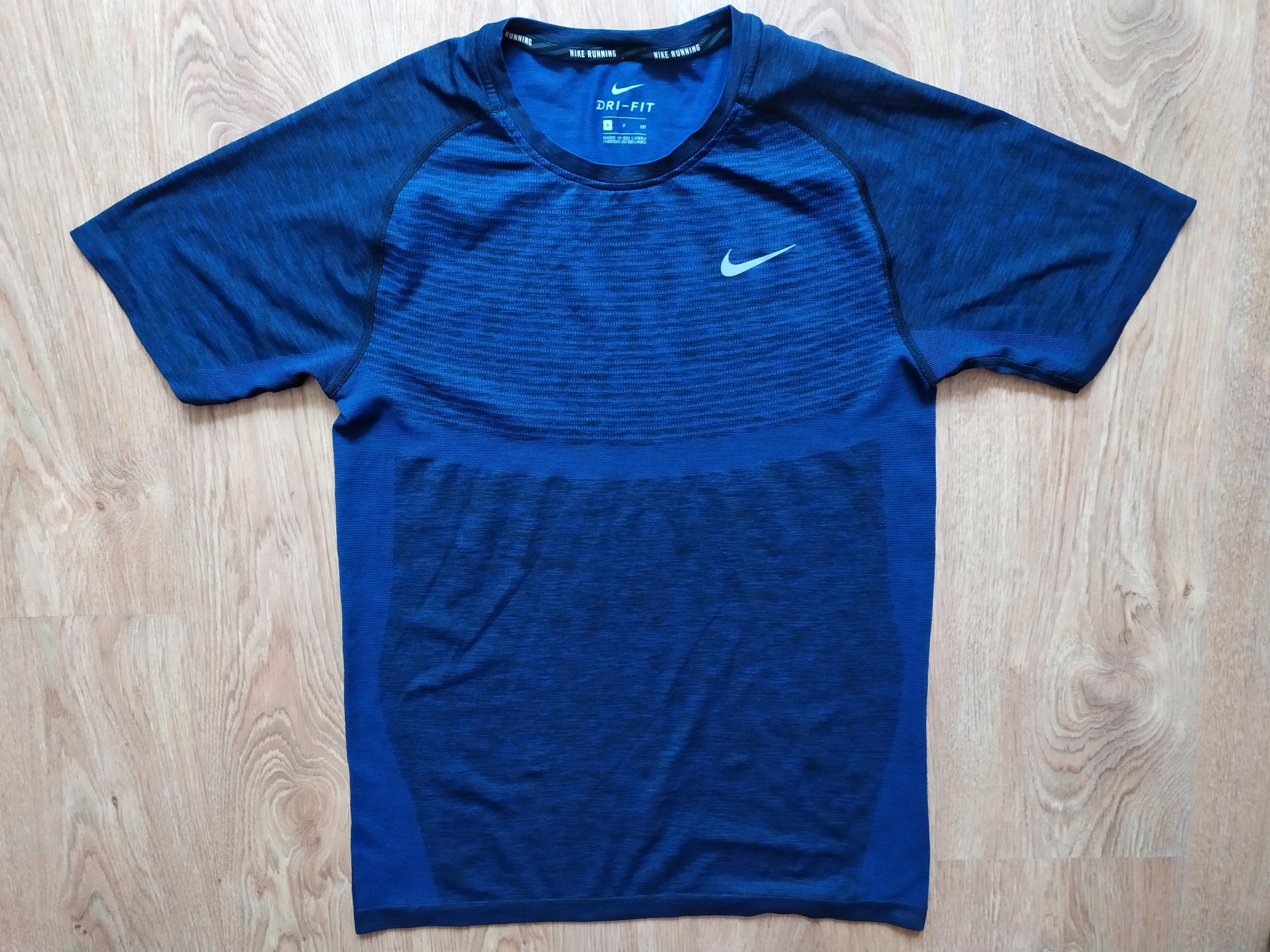 koszulka Nike Drifit S/M jNOWA