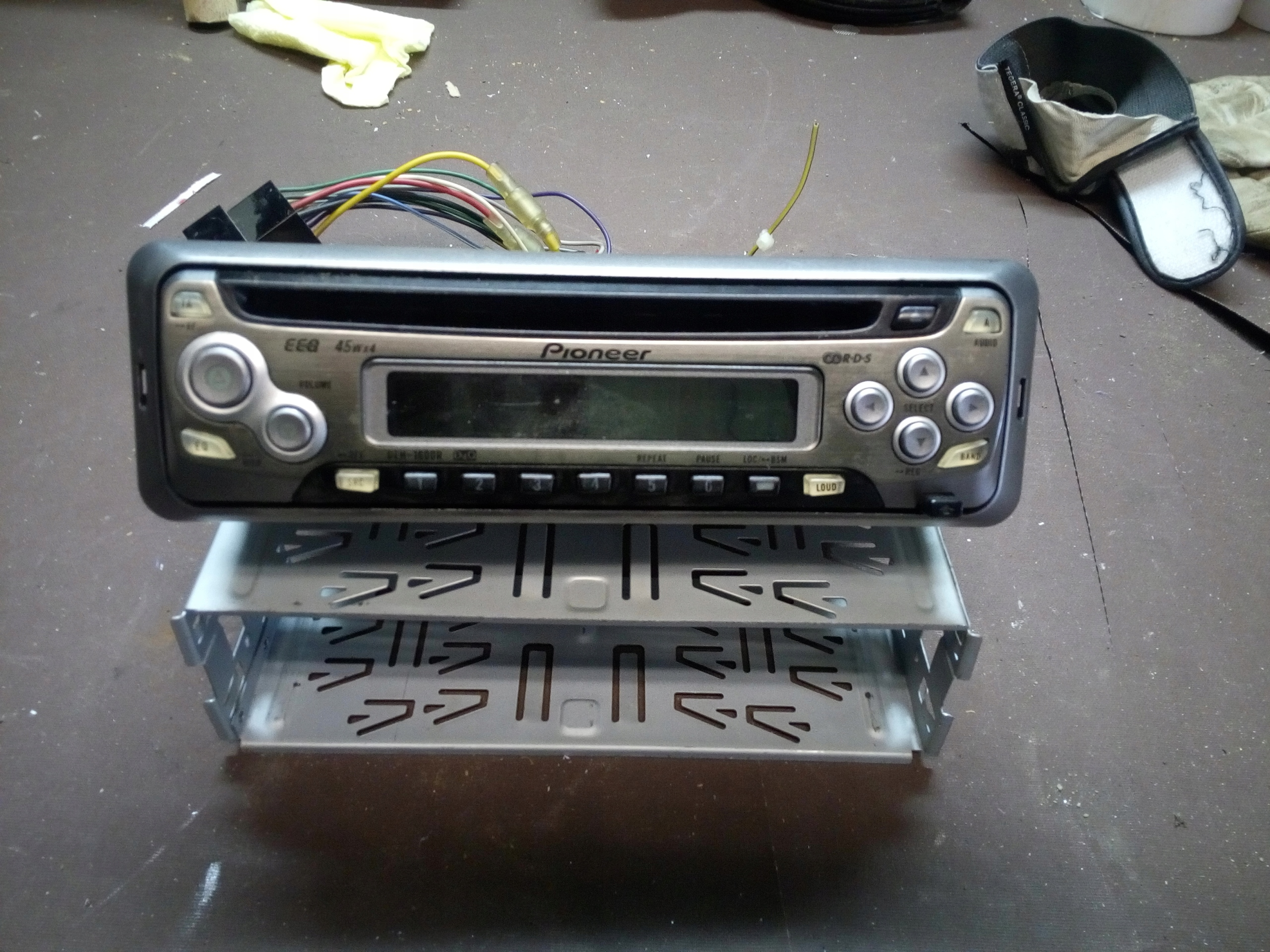 RADIOODTWARZACZ PIONEER DEH-1600R
