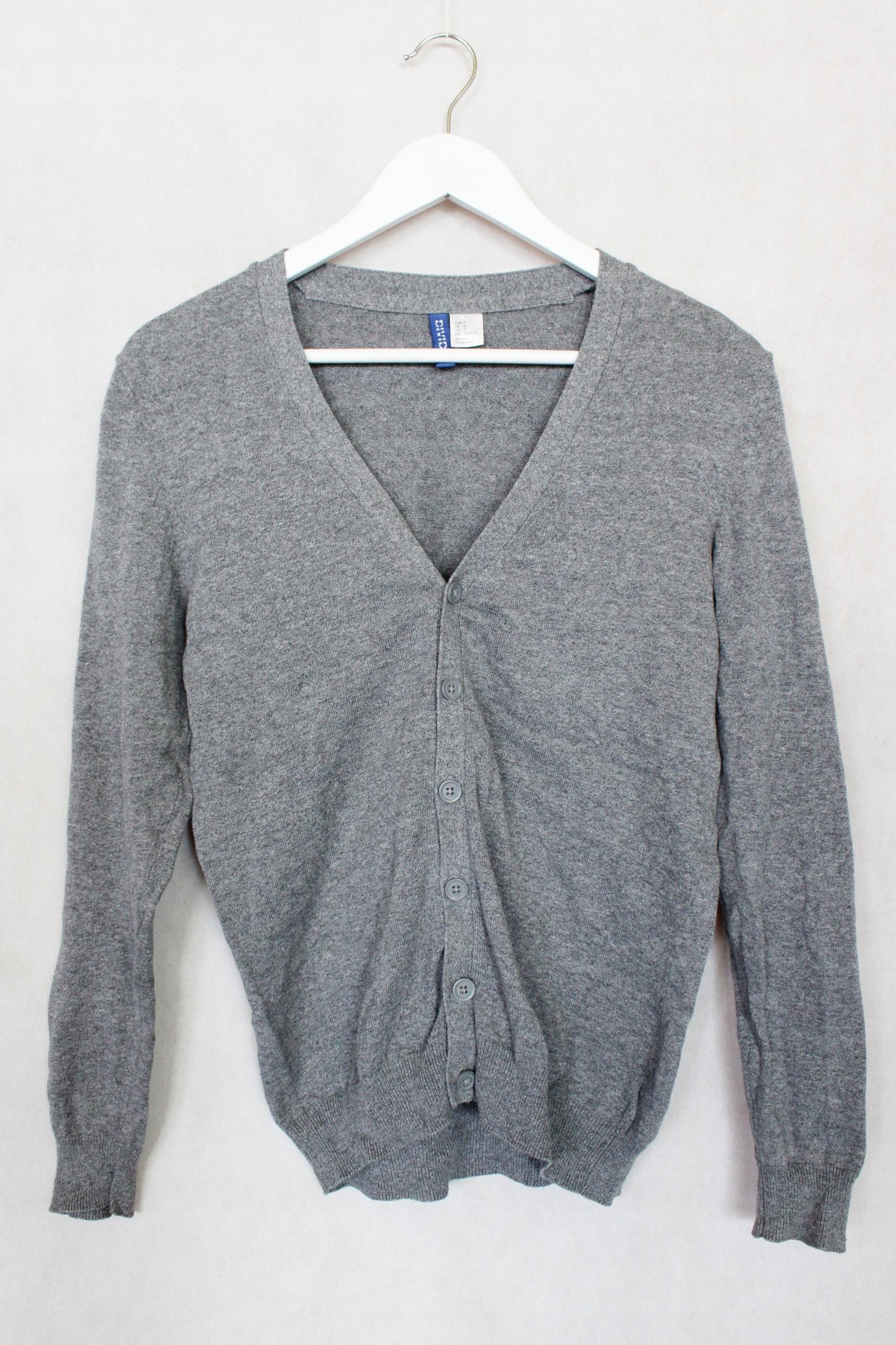 Sweter H&M na guziki szary S P1