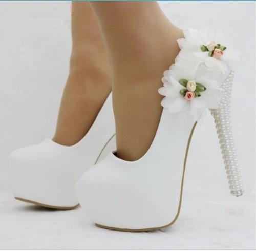 a47f794ce0091 Eleganckie buty ślubne na platformie rozmiar 38 - 7229219807 ...