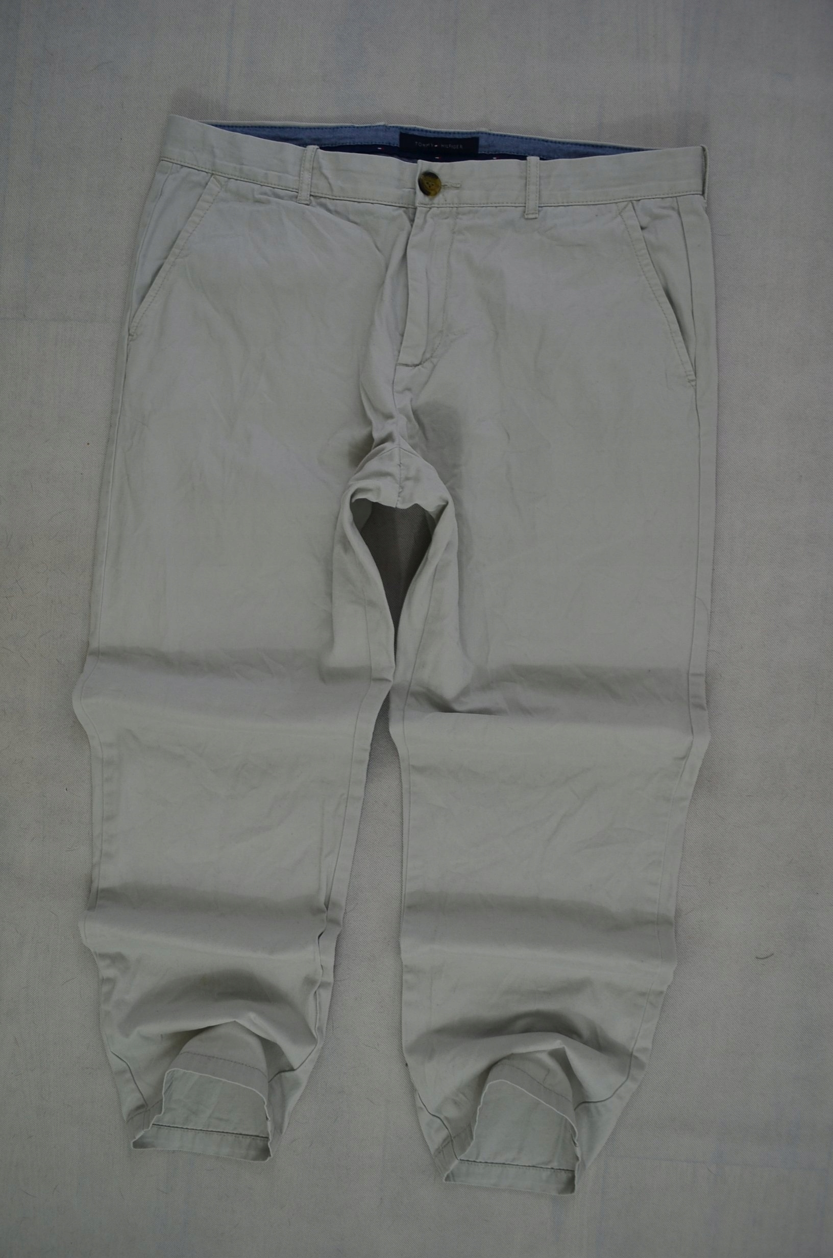 TOMMY HILFIGER SPODNIE CHINO LOGO TH 91 cm *34/30*