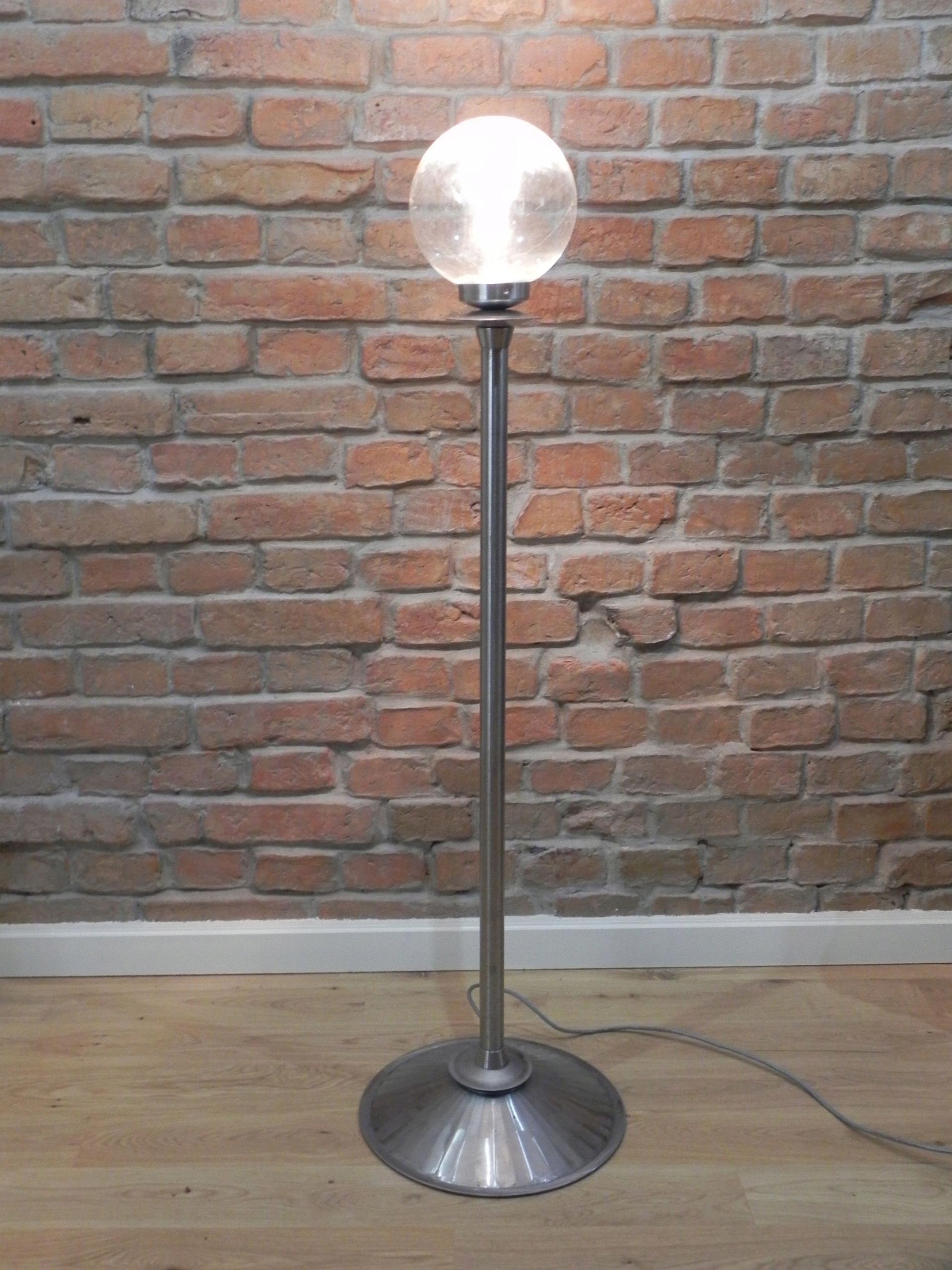 Dizajnerska lampa podłogowa industrialna loft