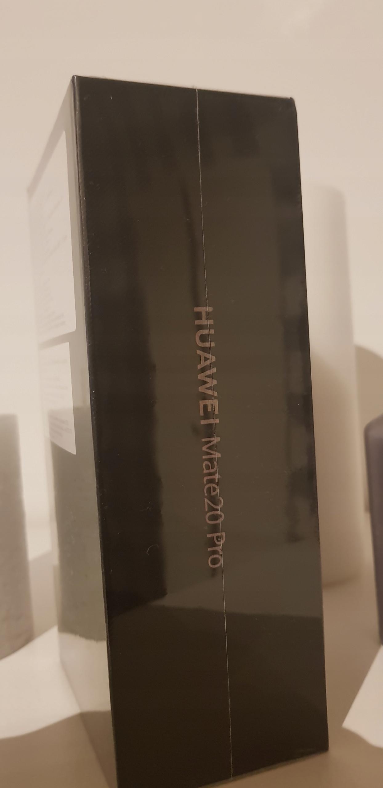 HUAWEI MATE 20 PRO. NOWIUTKI,ZAFOLIOWANY!!