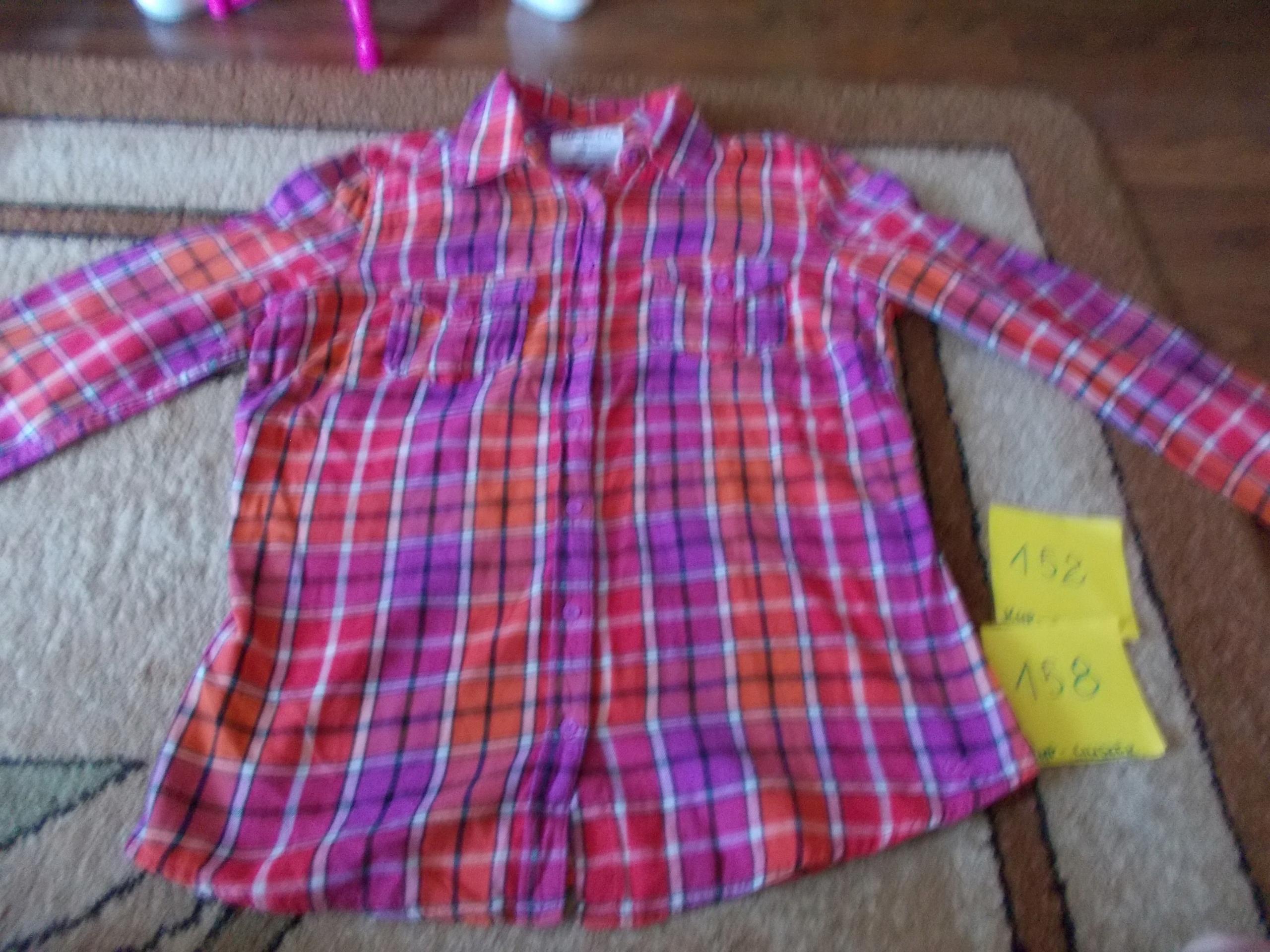 Koszula dziewczęca w rozmiarze 152/158