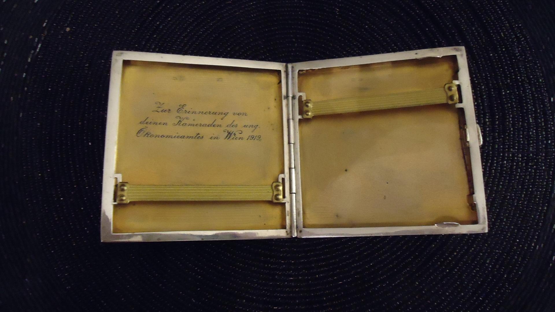 srebrna 100 letnia Wiedeńska papierośnica