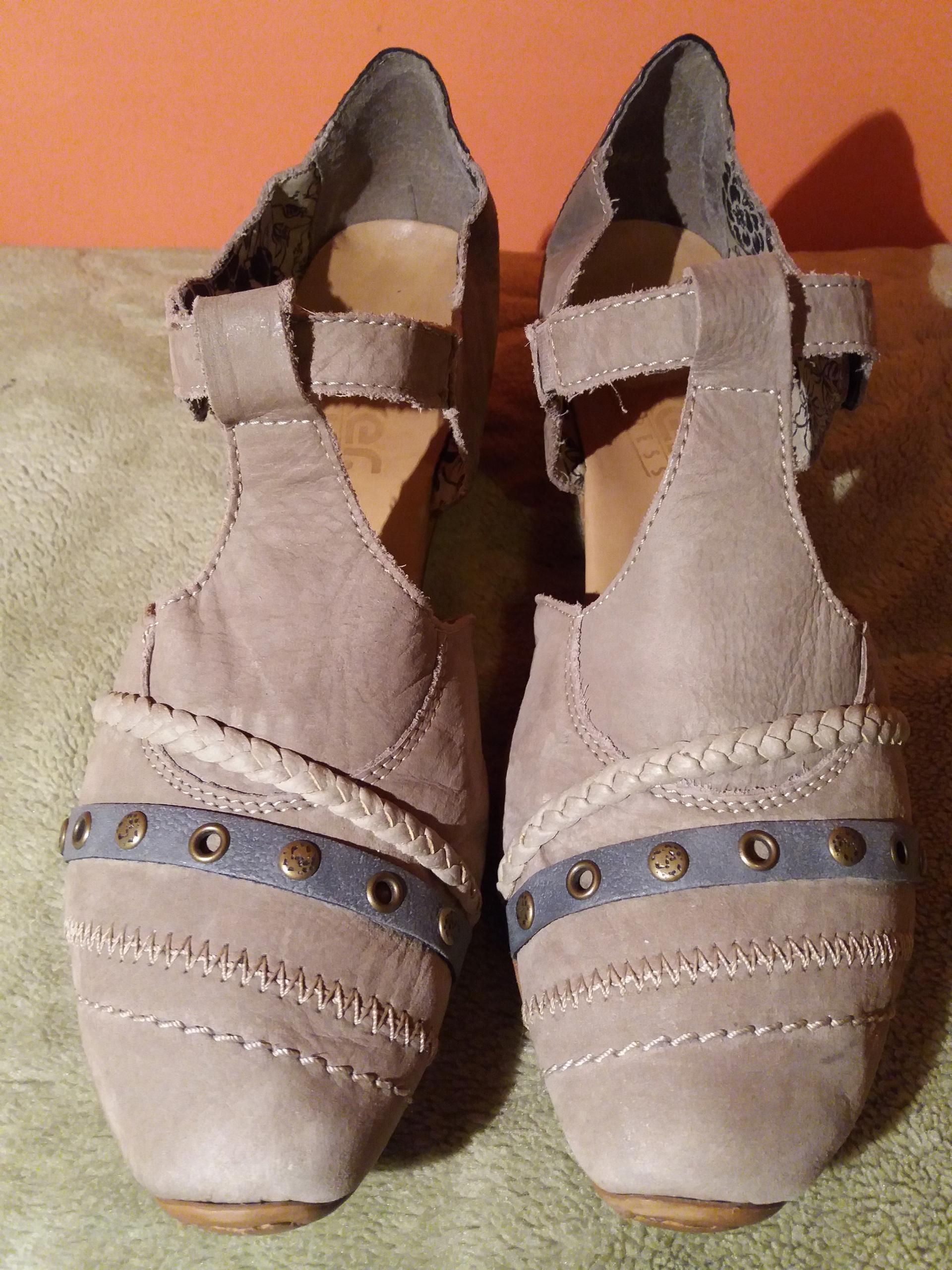 sandały skórzane zabudowane RIEKER