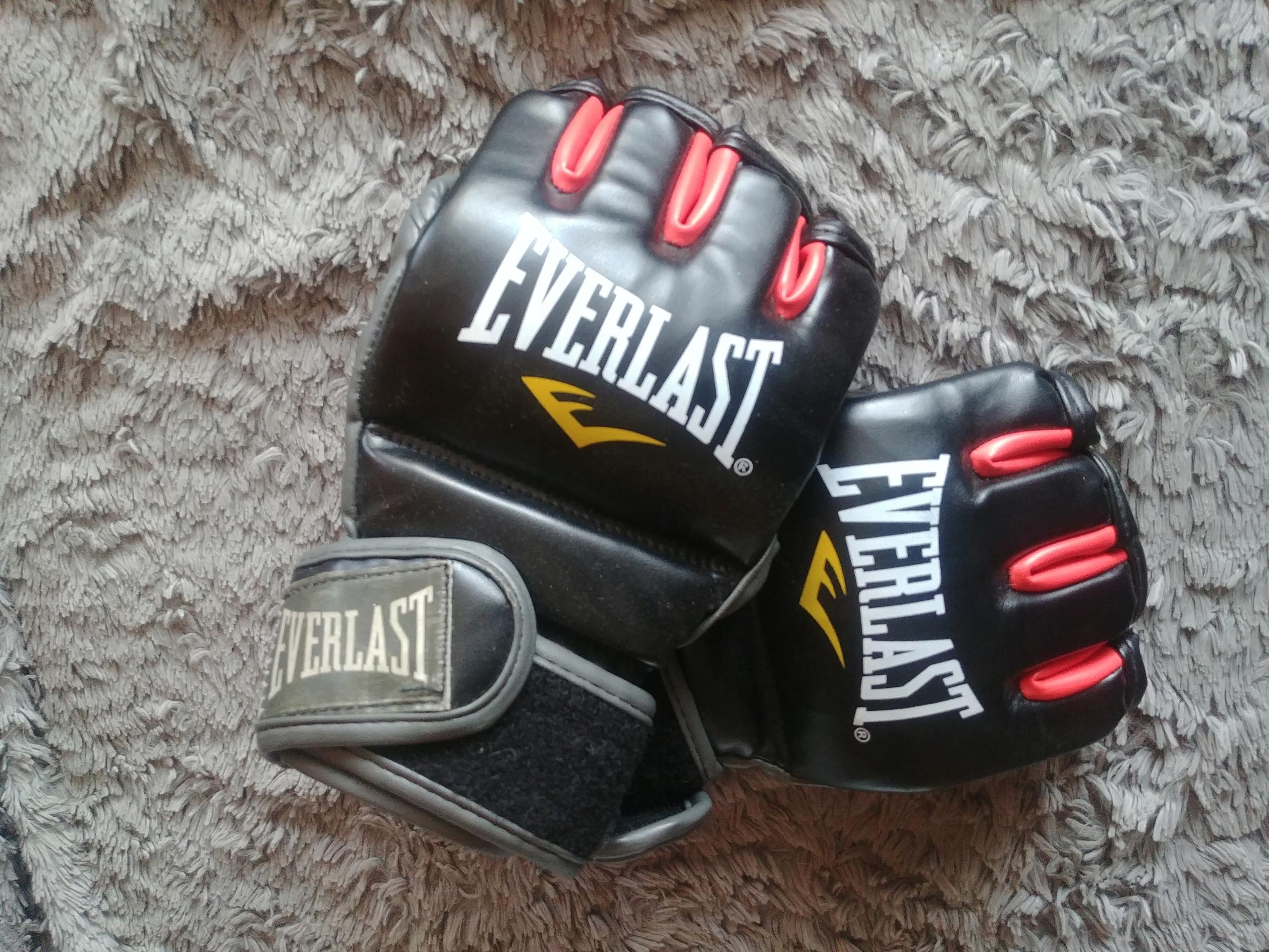 Rękawice MMA Everlast Fight chwytne S M 10