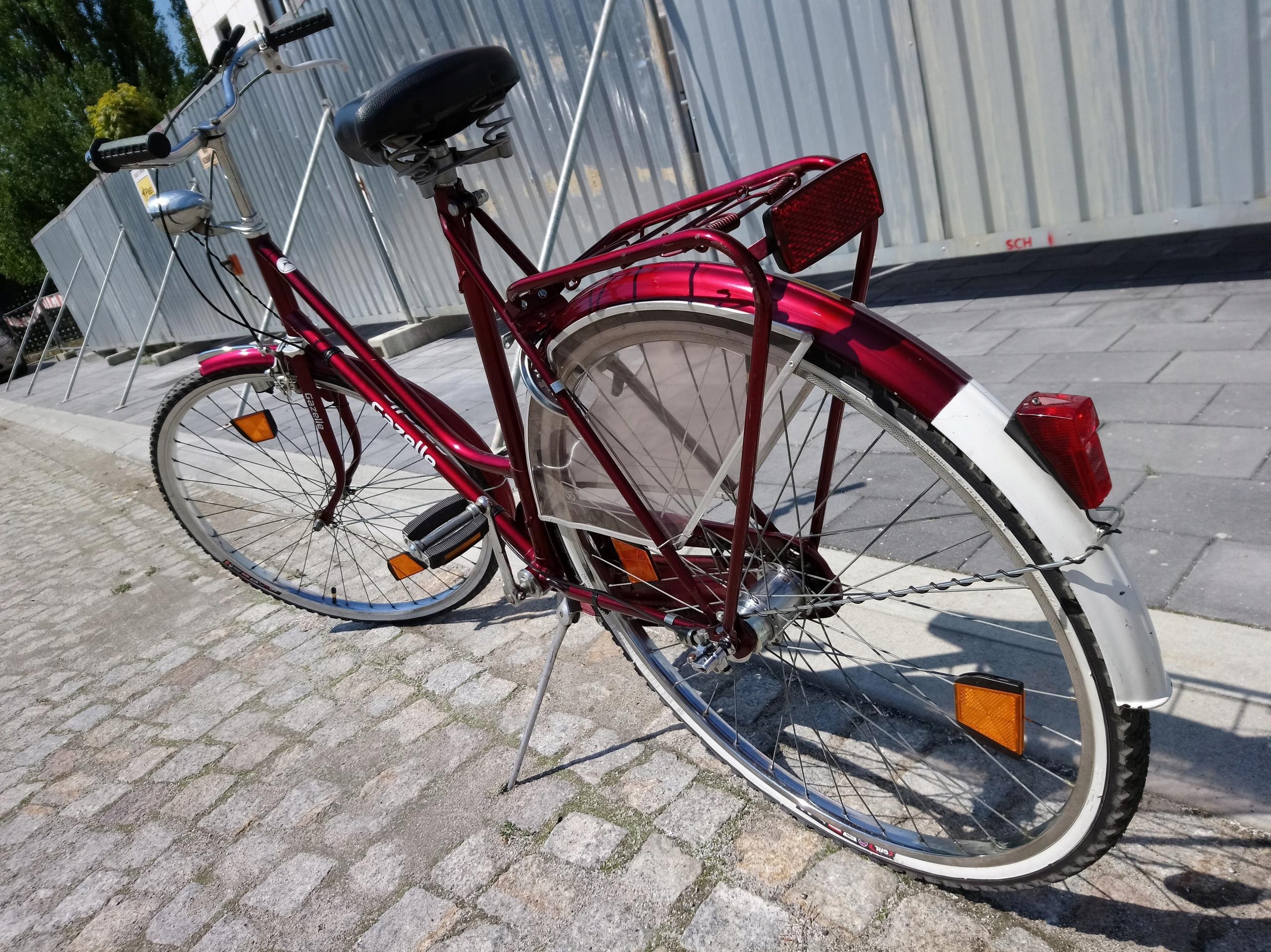 GAZELLE piękny rower holender 28 cali rama 22 cale