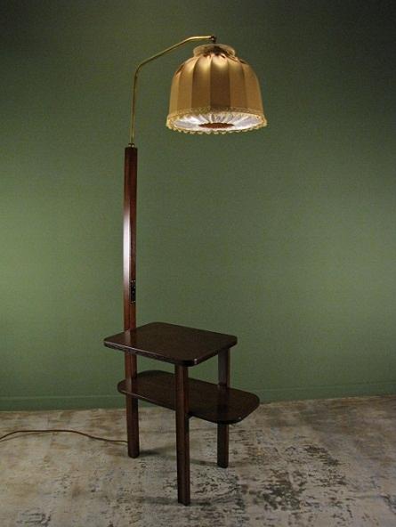 Lampa podłogowa ze stolikiem, po renowacji