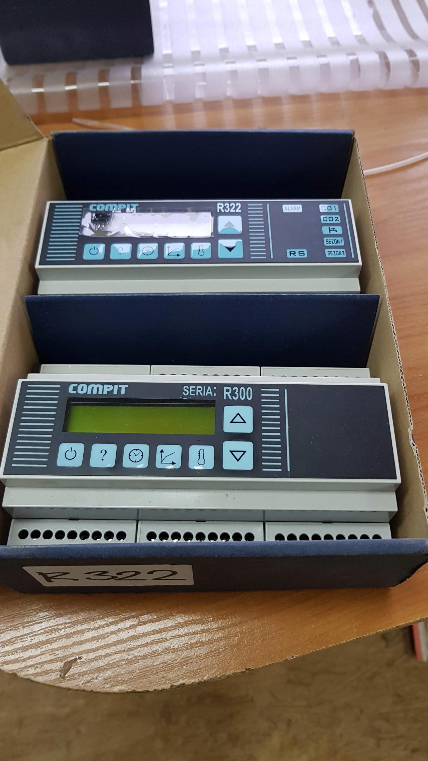 2szt regulatorów pogodowych Compit R 322