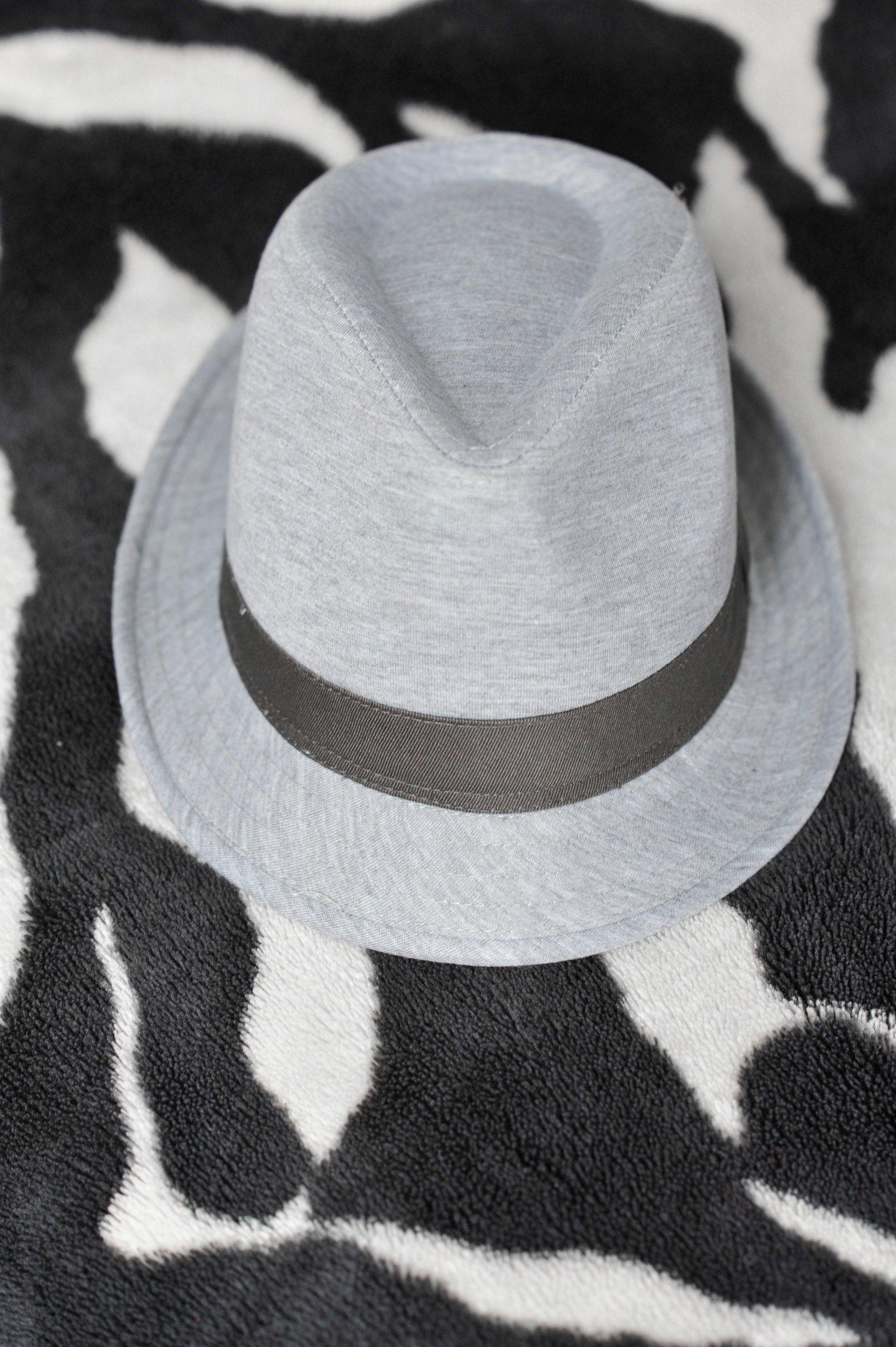 Damski szary kapelusz Reserved