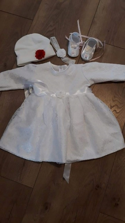 śliczna sukienka chrzest roz.80