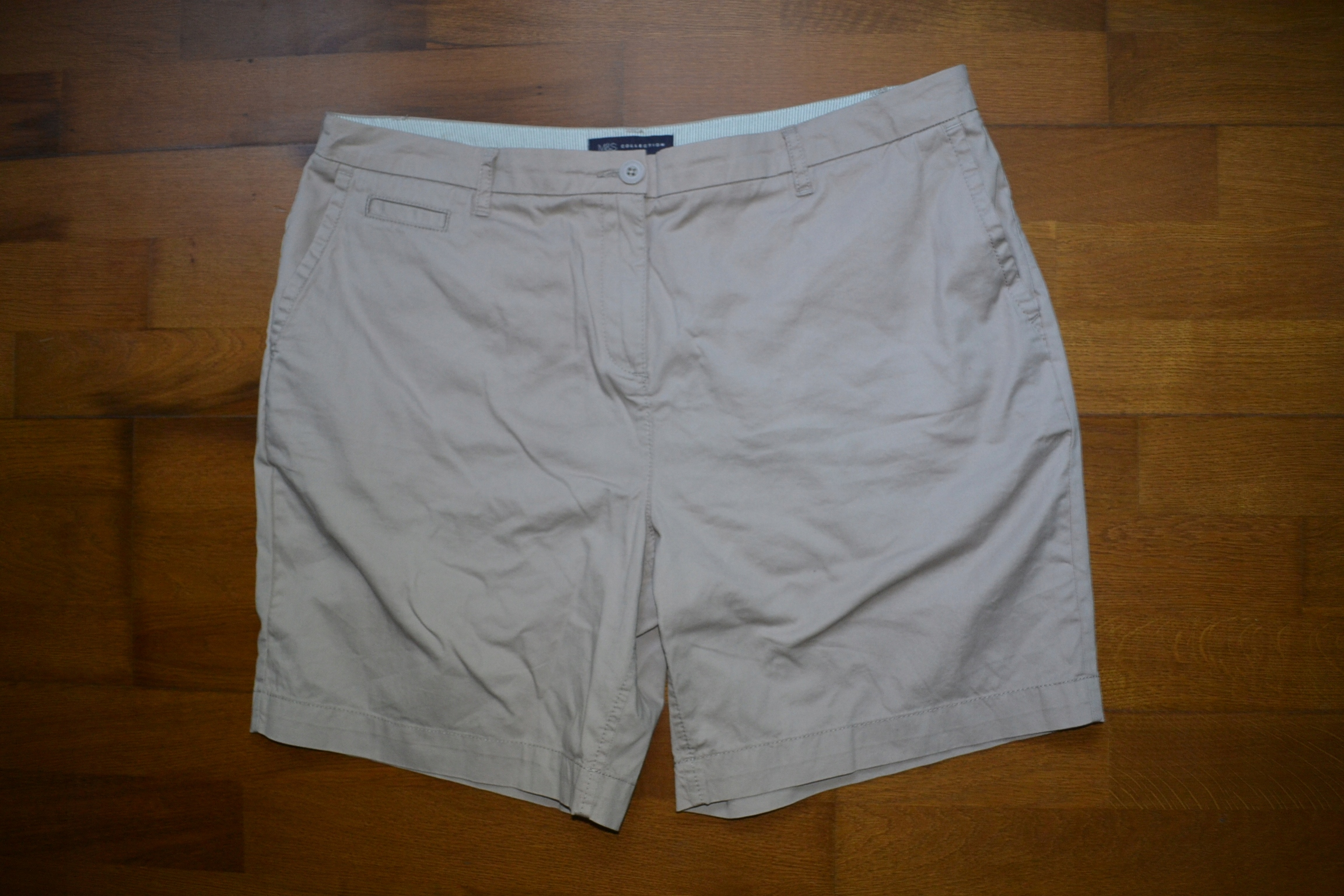 M&S krótkie spodenki szorty beż 48