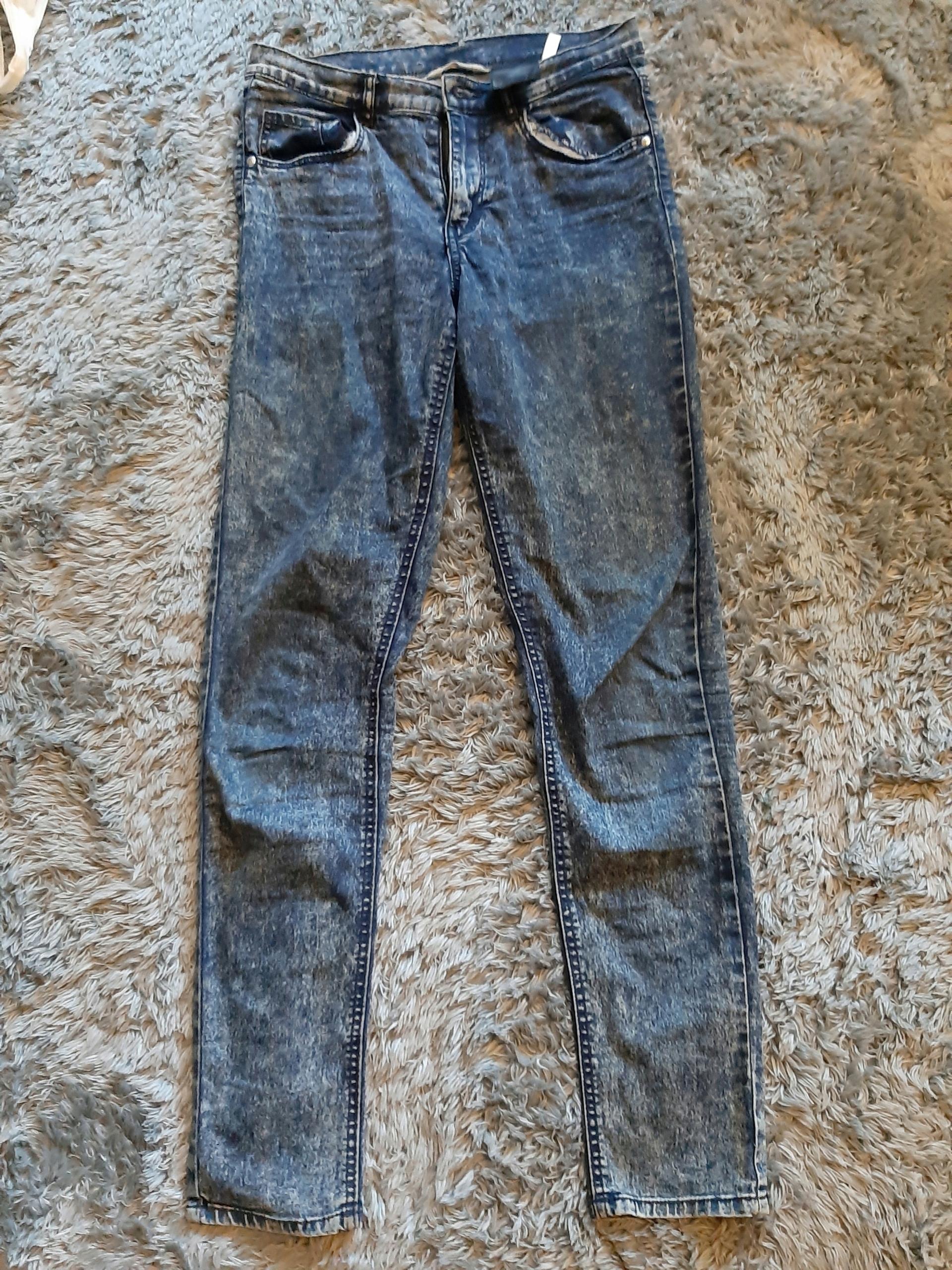 H&M Lekko elastyczne Spodnie jeansowe rozm 164
