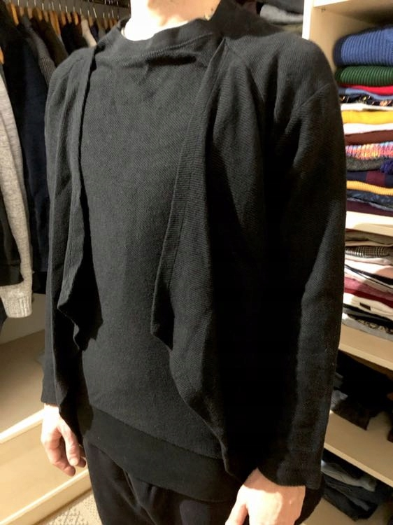 Sweter M zara asymetryczny modny praca czarny blog