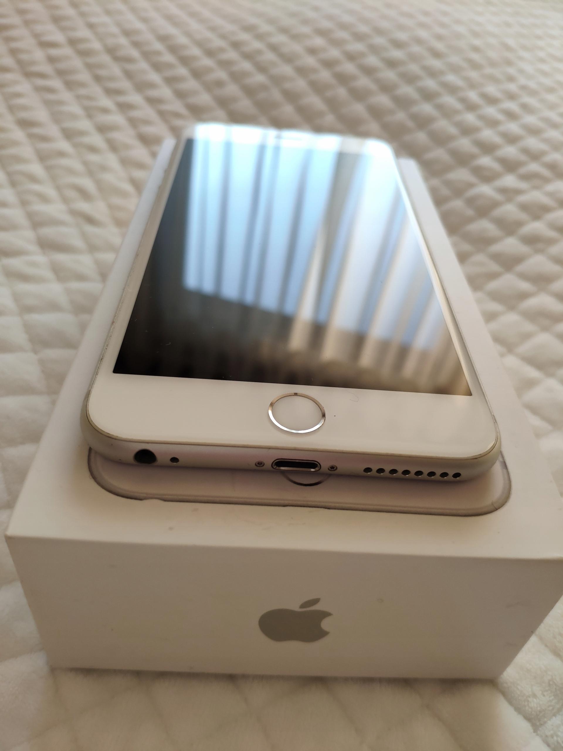 Smartfon Apple iPhone 6S Plus srebrny 64 GB