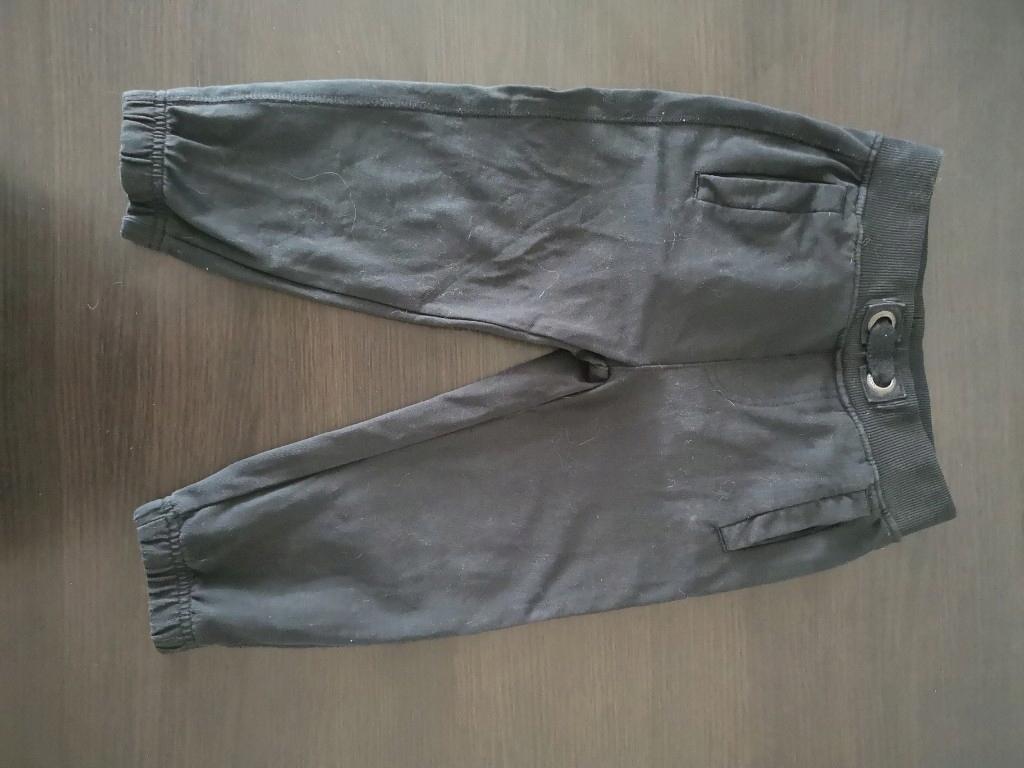 czarne spodnie dresowe 98 cool club