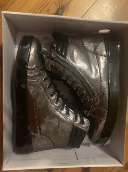 Nowe buty Guess FLVND3LEL12 - rozm. 37