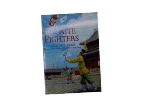 The Kite Fighters - L. Sue Park