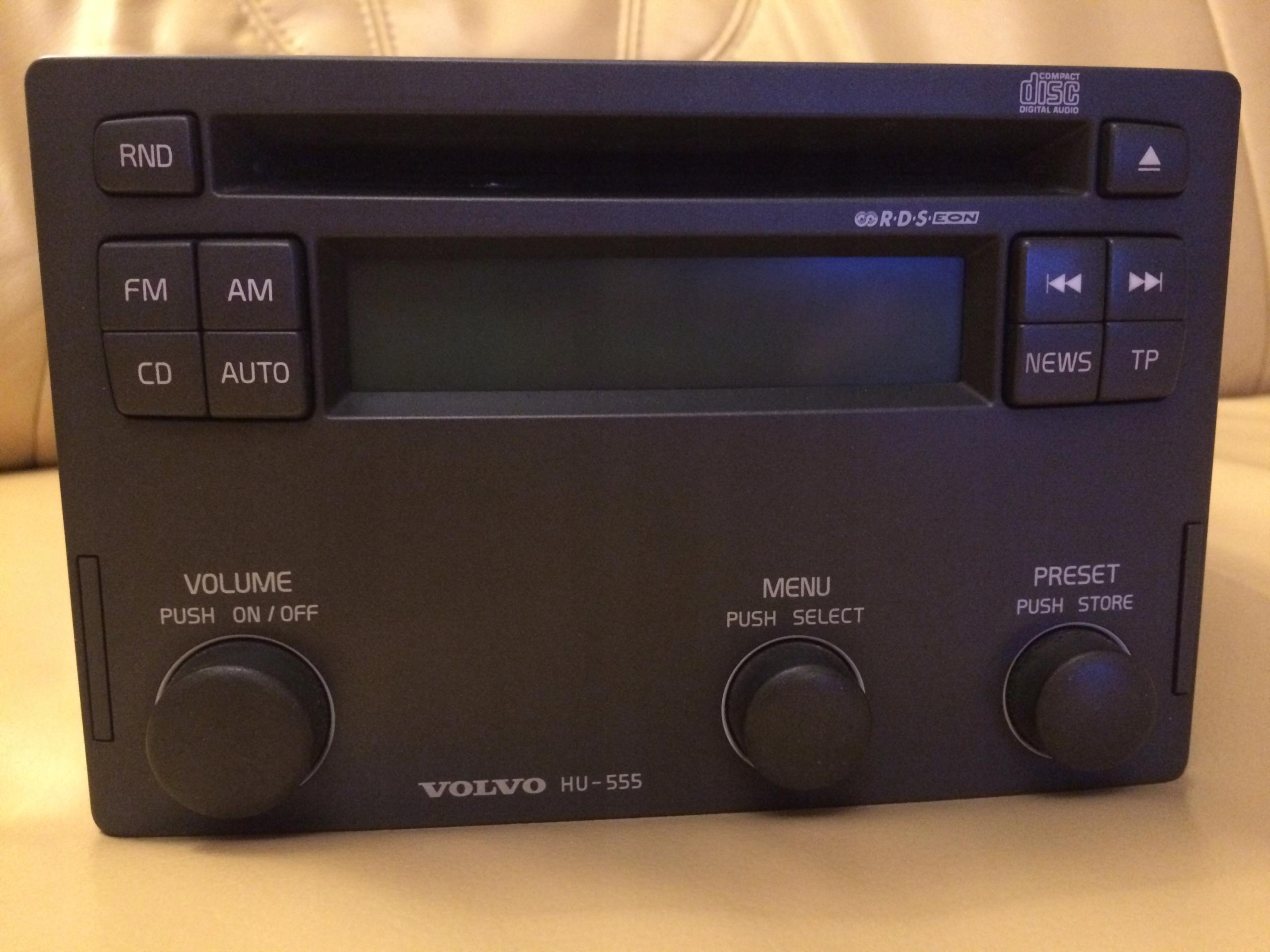 fabryczne radio hu-555 z Volvo V40 2003 r