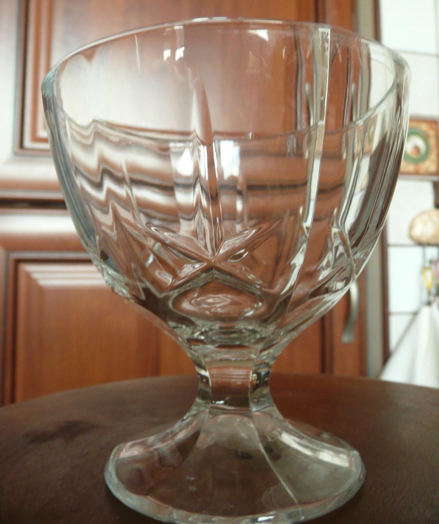 6 szt. pucharków do lodów szklane cięte gwiazdki
