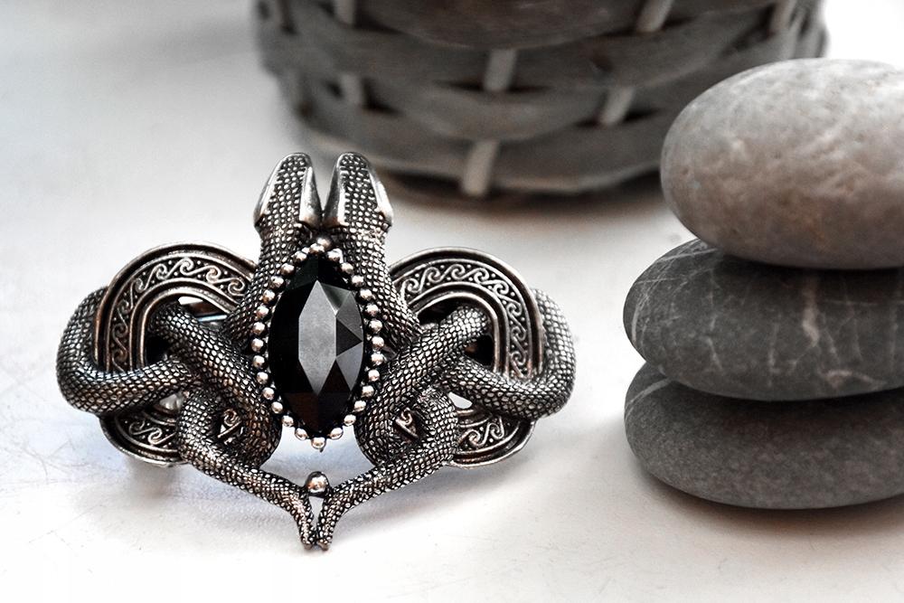 Gotycka spinka do włosów zapętlone węże Restyle