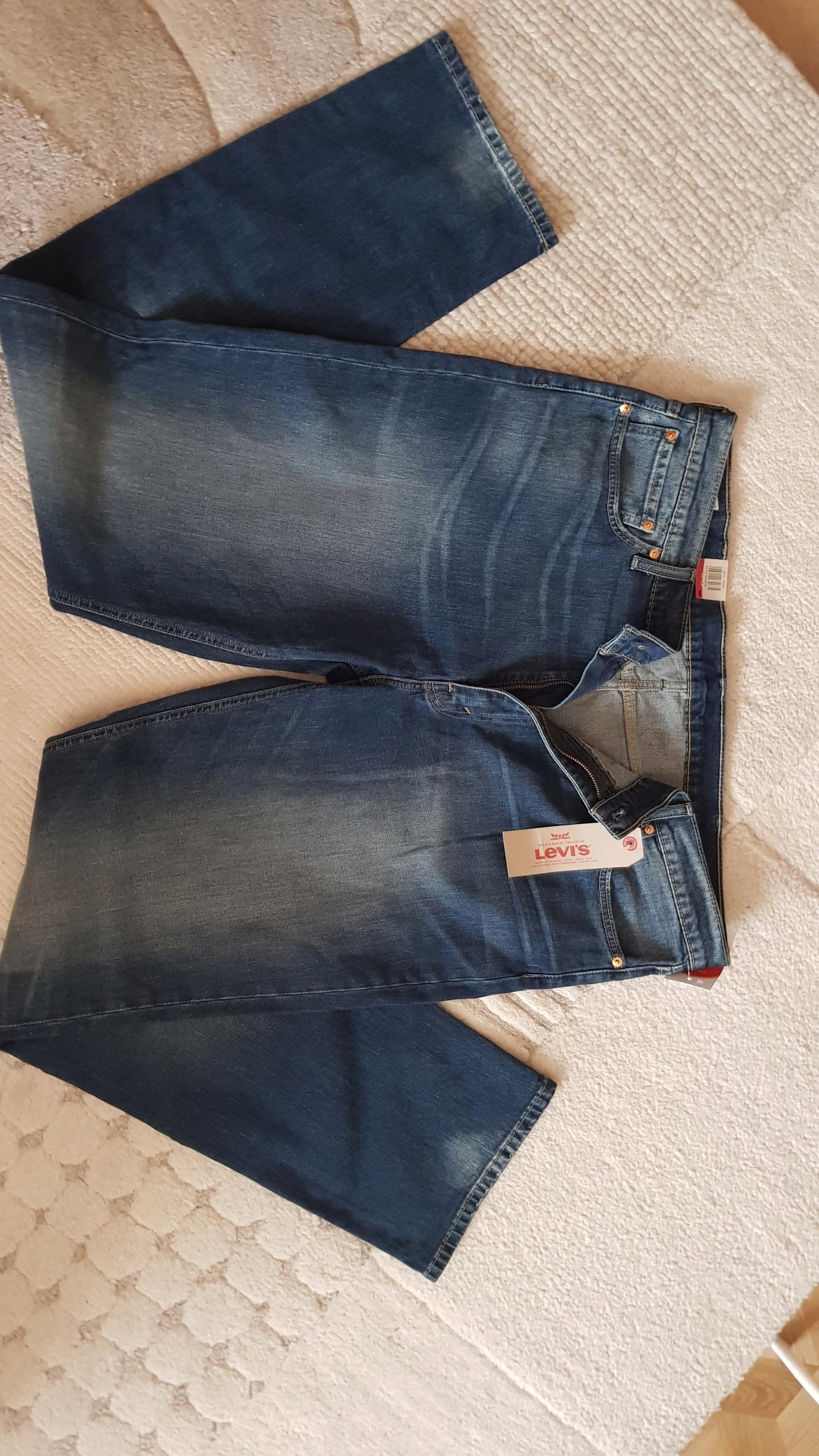 jeans Levis 541 dla duzego męzczyzny 42/38