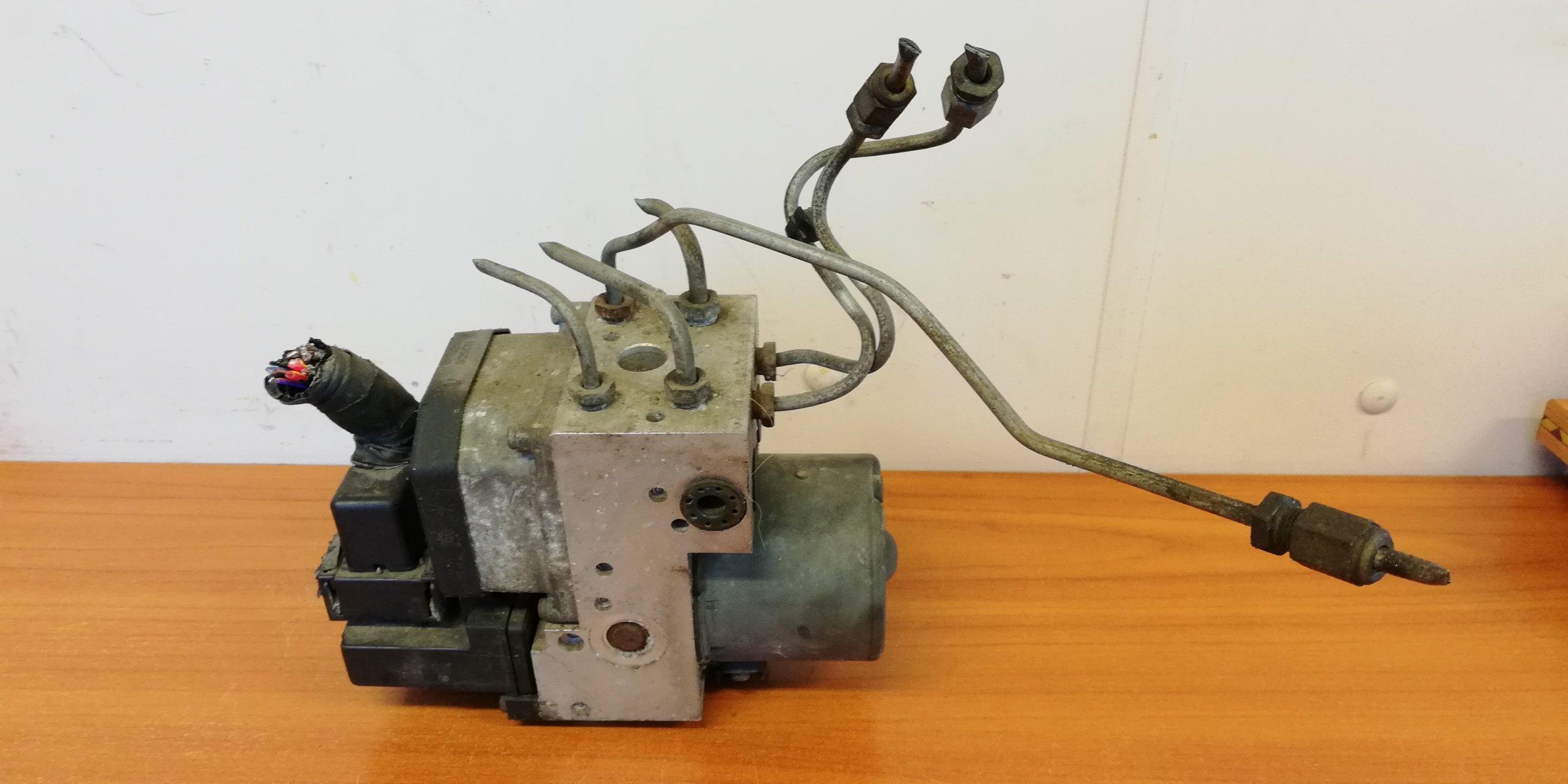 POMPA ABS FORD COUGAR 2.5 V6 0265220466